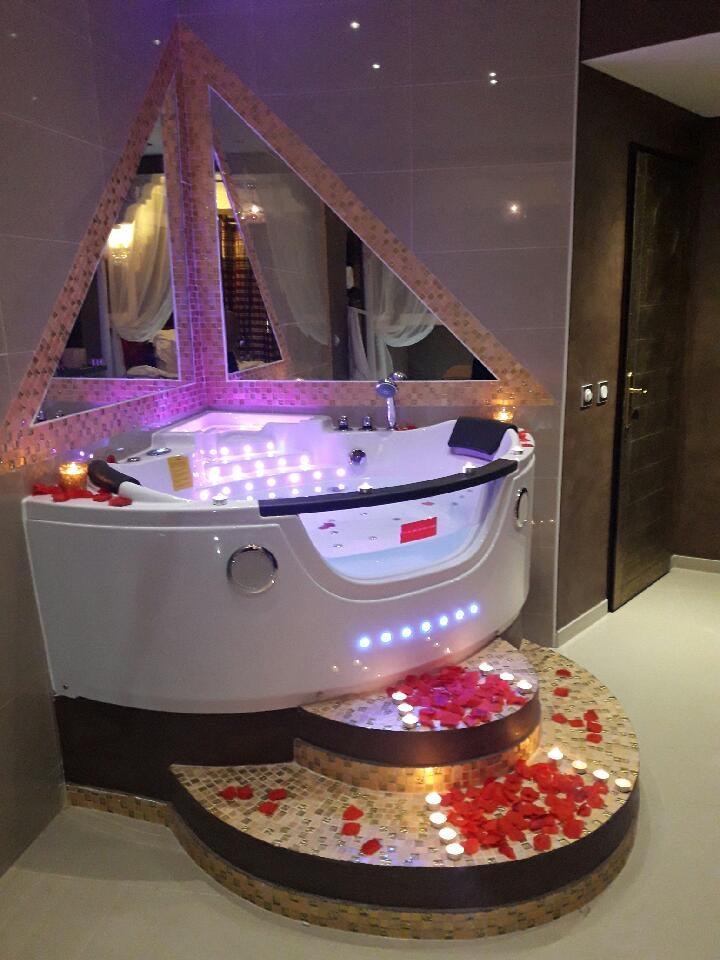 Suite luxueux et romantique jacuzzi et sauna privatif - Spa privatif luxembourg ...