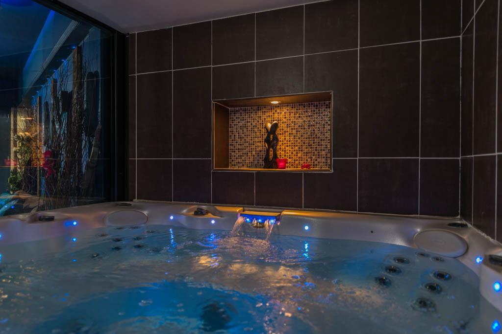 Tabouret salle de bain fly for Chambre romantique paca