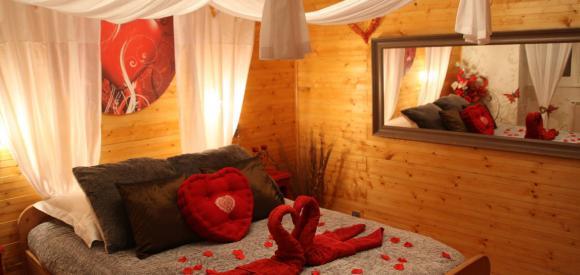 Suite romantique et coquine avec sauna et bain norvégien privatif, Savoie