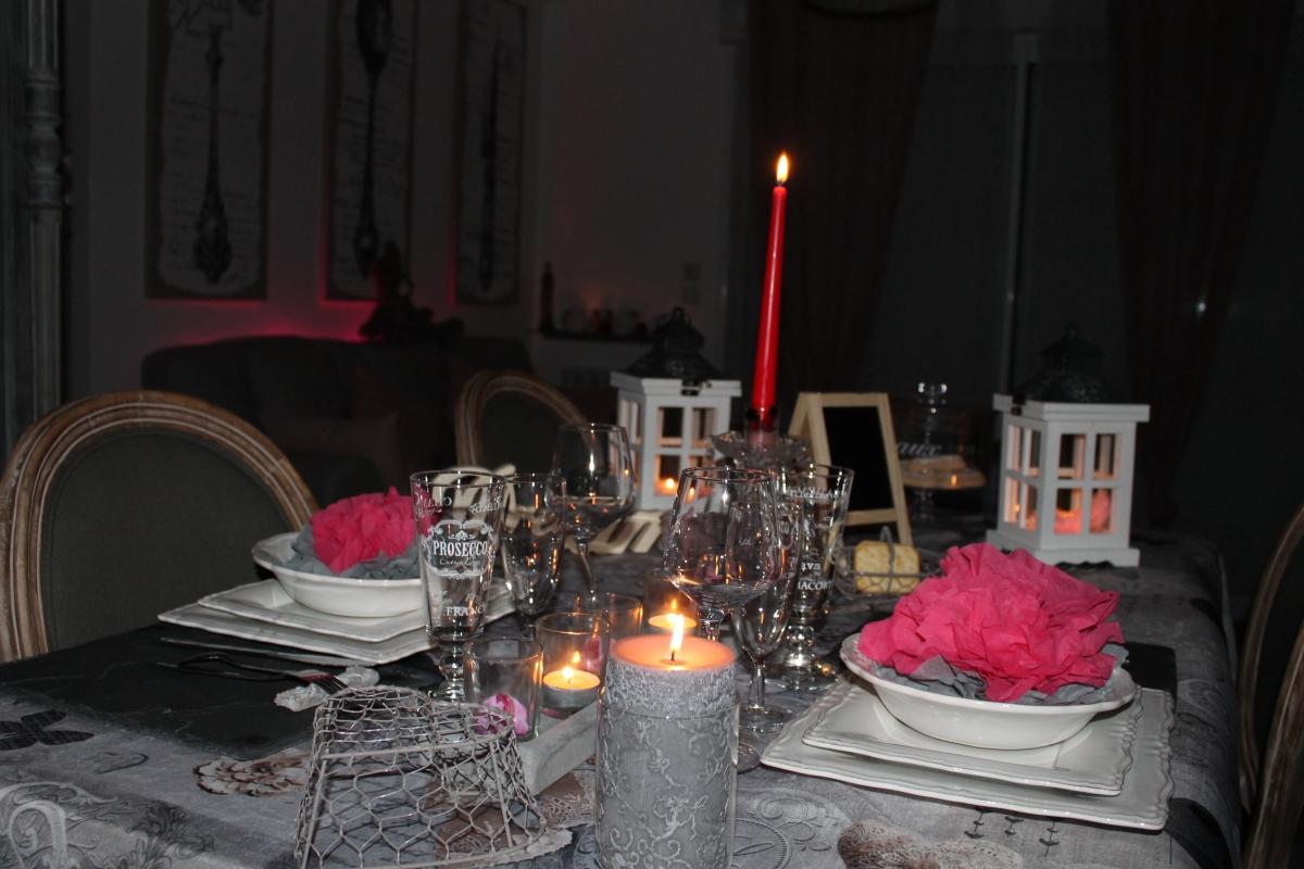 Chalet la d coration romantique avec jacuzzi et piscine for Decoration romantique