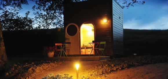 Cabane en bois Carré d'étoile, en pleine nature avec vue sur les étoiles, Voussac