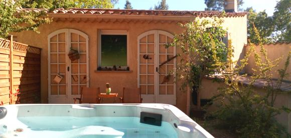 Duplex provençal avec jacuzzi et solarium privé, Mont Ventoux