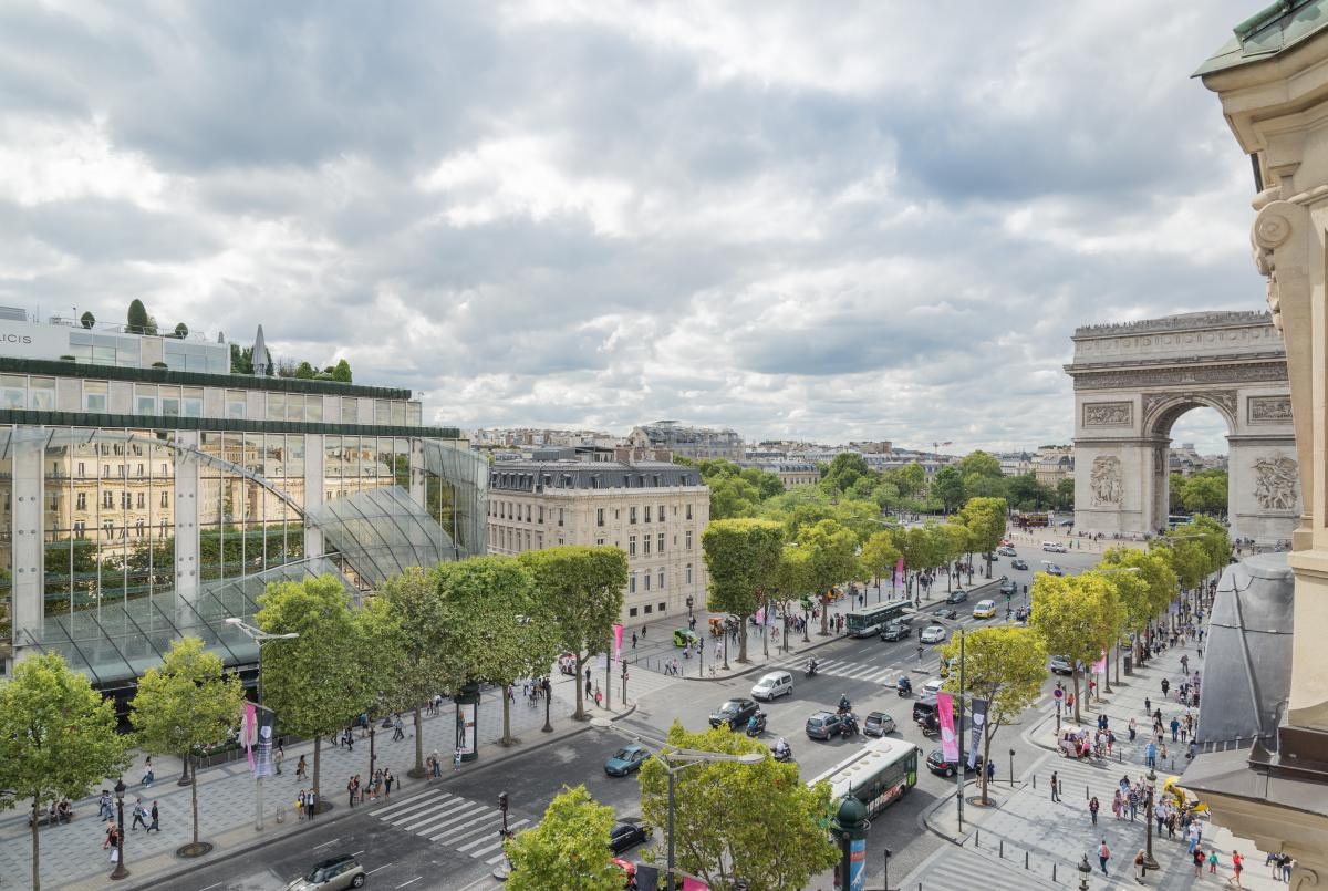 an introduction to the geography and architecture of the champs elysees The champs-Élysées: introduction the avenue des champs-Élysées in spectacular view of the champs-elysees from the obelisk of luxor looking towards the.