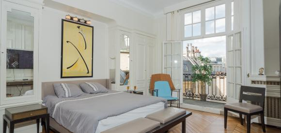 Magnifique appartement de 140 m2, terrasse avec vue sur la Tour Eiffel, Champs-Elysées, Paris