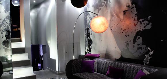 Appartement citadin pour deux jacuzzi et lit confort, Lille