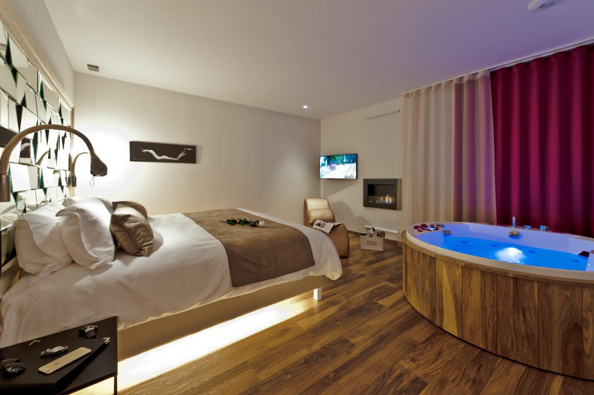 Spa privatif wattrelos utopia suite u spa la chambre for Chambre avec jacuzzi privatif normandie