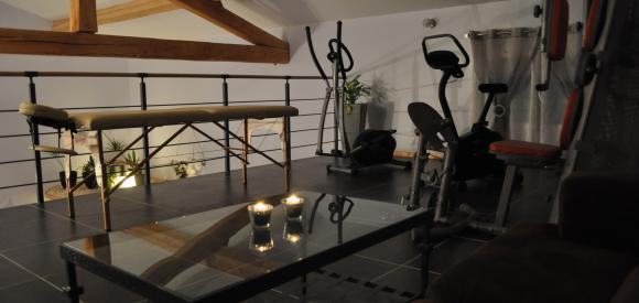 Villa romantique pour deux jacuzzi et sauna, St Privat Des Vieux