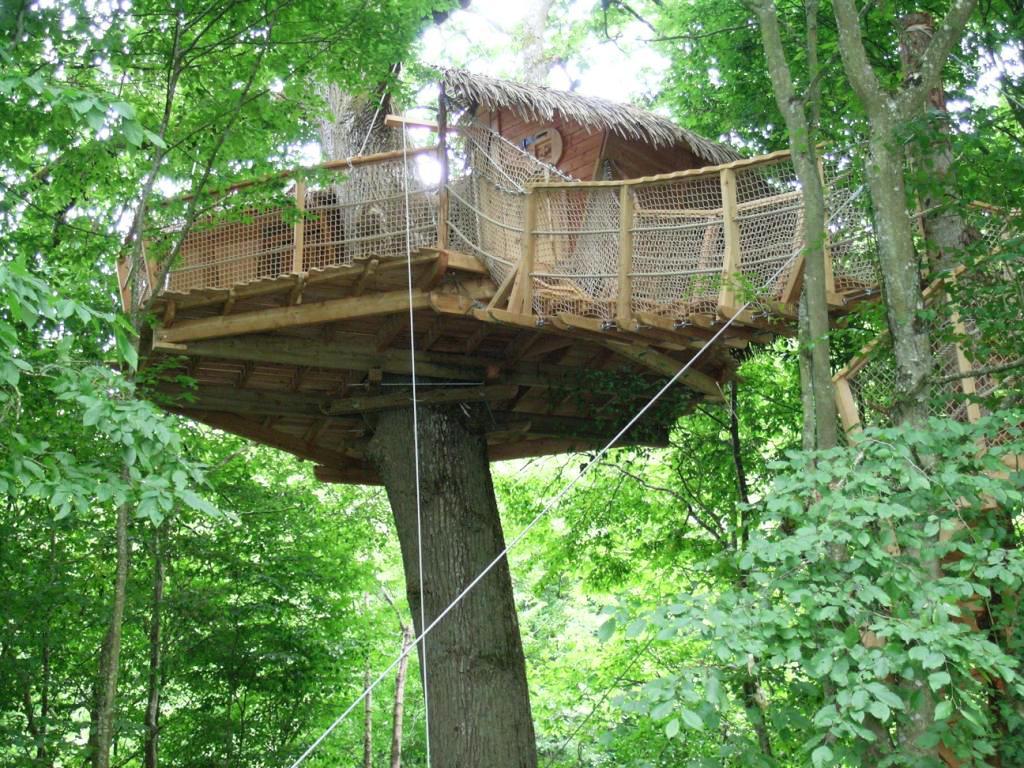 cabane dans les arbres 2h de paris introuvable. Black Bedroom Furniture Sets. Home Design Ideas