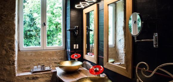 Suite Luxe avec Waterbed rOnd et jacuzzi privatif - Entre La Rochelle et Nantes