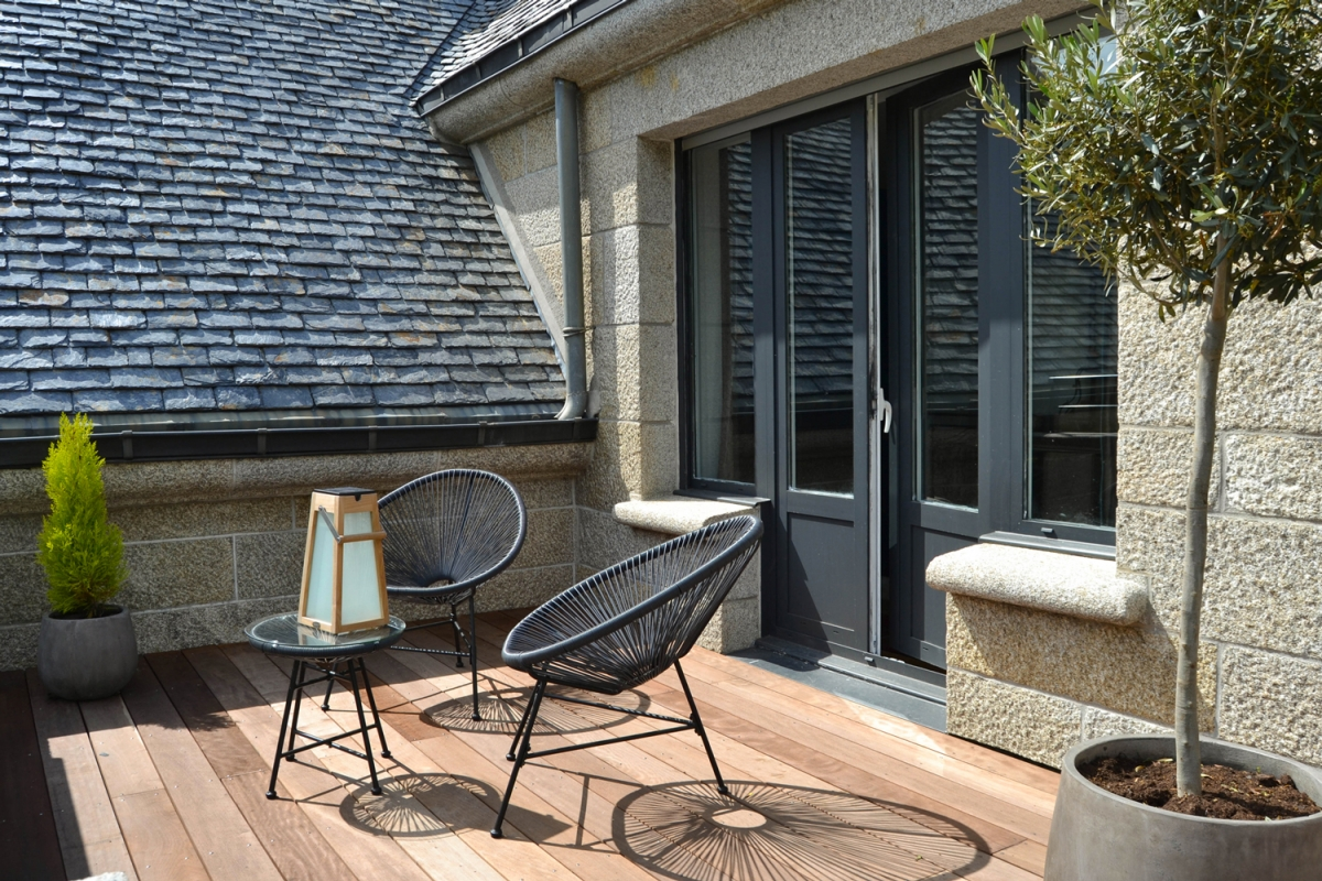 Suite luxueuse avec terrasse et spa privatif proche du for Avec terrasse