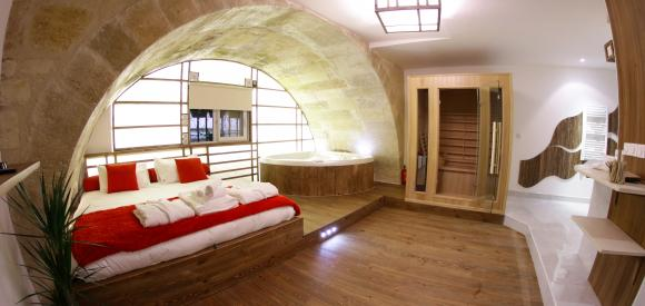 Loft avec Spa privatif,  Bordeaux centre
