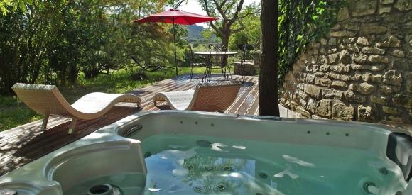 Suite avec spa privatif en Languedoc, Carnas