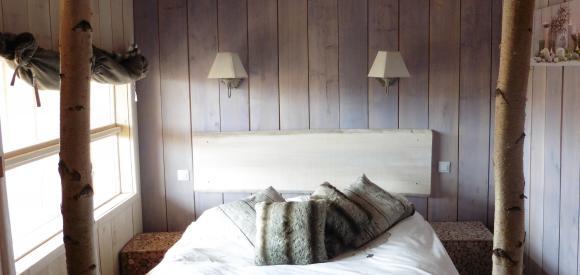Cabane insolite pour deux avec vue nature et lit confort, Essuiles