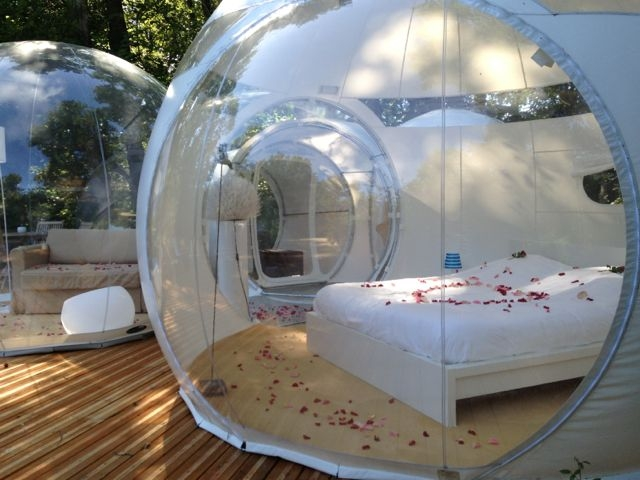 bulle insolite avec terrasse proche de bordeaux introuvable. Black Bedroom Furniture Sets. Home Design Ideas