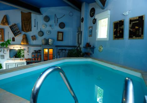 gite pour deux personnes avec piscine privative chauffe en provence - Chambre Avec Piscine Privee France