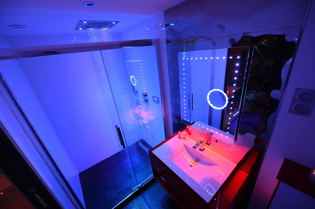 Suite Romantique Spa Privatif Et Sauna A Dijon Introuvable