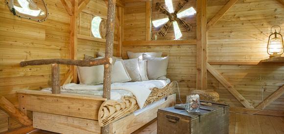 Cabane perchée dans les  arbres, proche de Tours