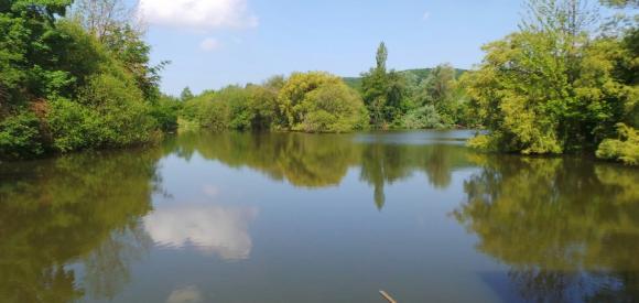 Cabane flottante sur un Lac, proche Fécamp