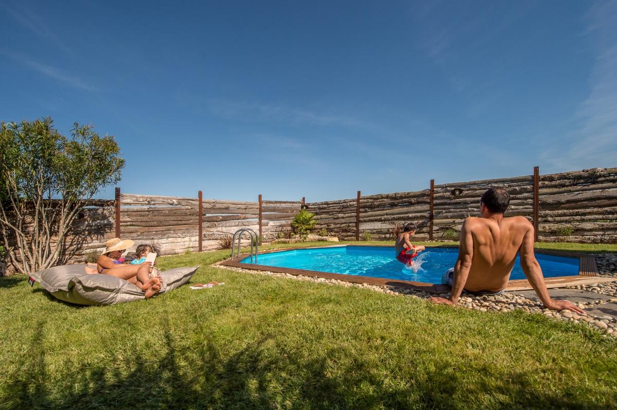 Camping en camargue avec piscine dans ma roulotte les for Camping en auvergne avec piscine
