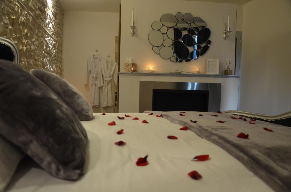 Louez Une Chambre Romantique Proche De N Mes 30000
