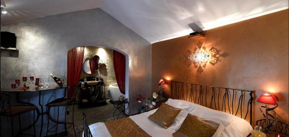 Suite romantique avec jacuzzi privatif et douche balnéo, Plan d'Orgon