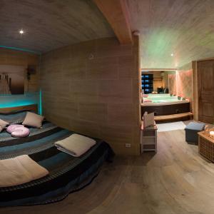 Chambre avec jacuzzi privé, tout proche de Nîmes et d'Avignon
