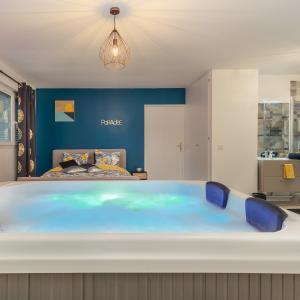 Appartement Pour Amoureux Avec Spa Privatif Essonne Introuvable