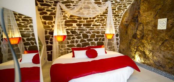 Suite romantique et insolite avec spa en Aveyron
