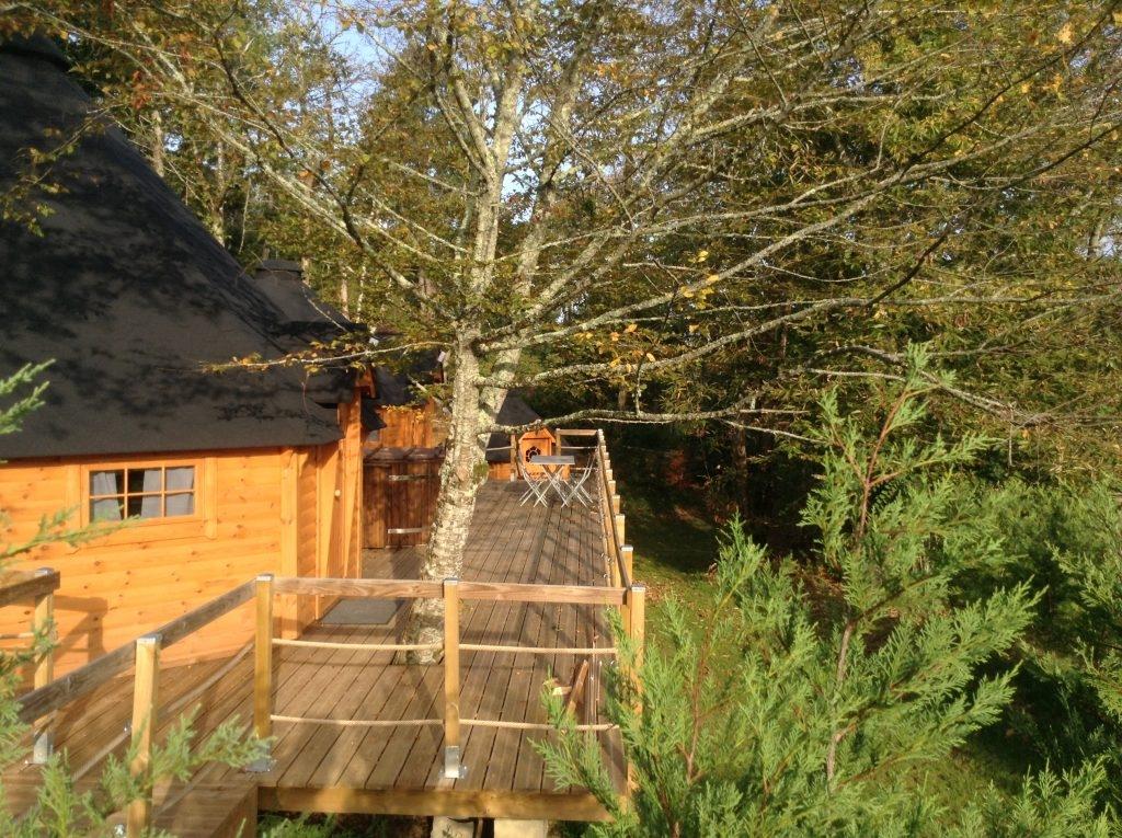 Cabane de charme avec bain nordique proche sarlat introuvable - Cabane dans les arbres avec jacuzzi sud ouest ...