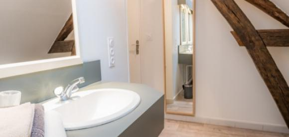 Appartement avec Spa privatif au centre ville de Troyes