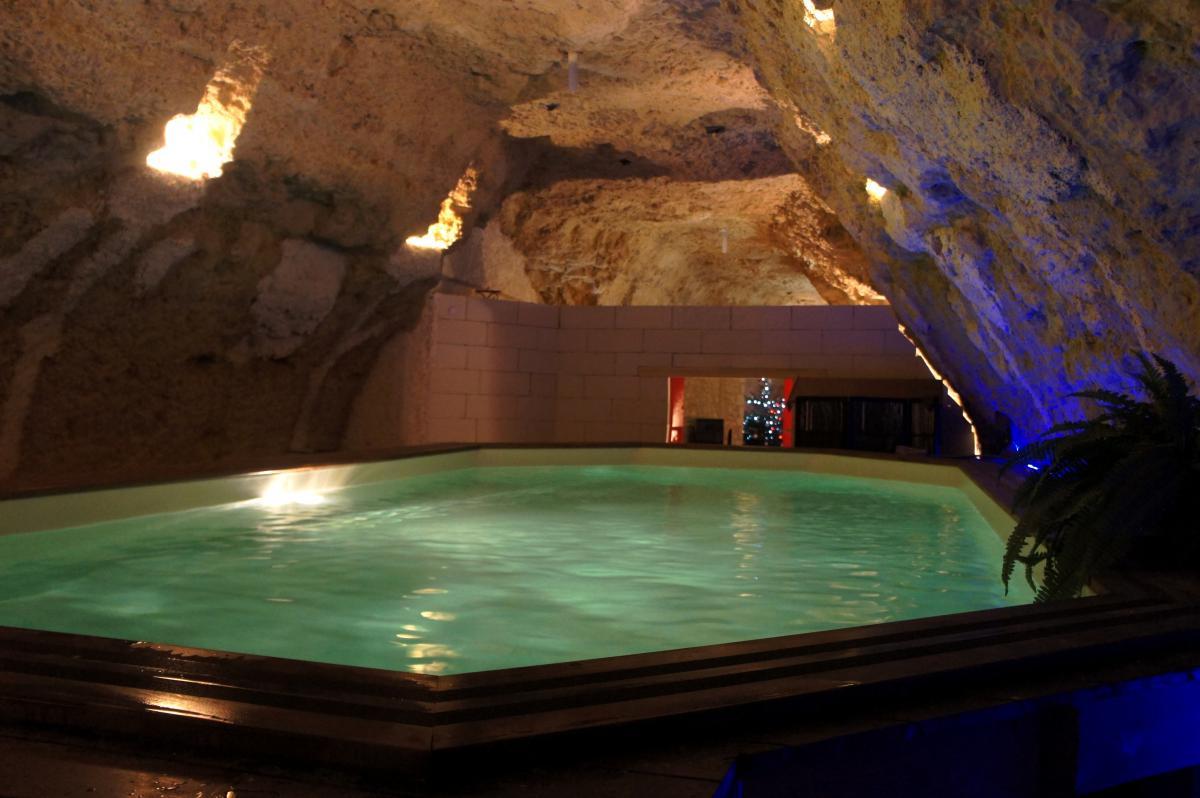 Introuvable courts s jours romantiques insolites for Recherche villa avec piscine